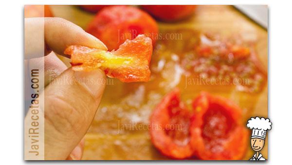 Quitar tallo duro del tomate