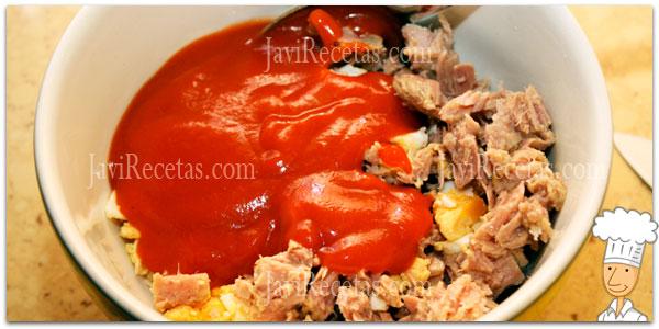 Relleno de Atún, huevos y tomate para empanadillas