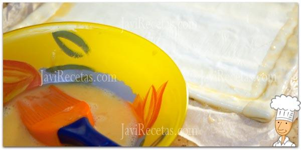 Pincelar Hojaldre con Huevo Batido