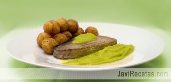 Atún con salsa de Pimientos verdes