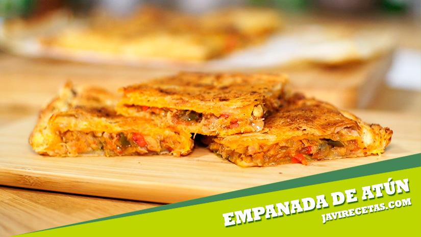 Empanada de Hojaldre con Atún