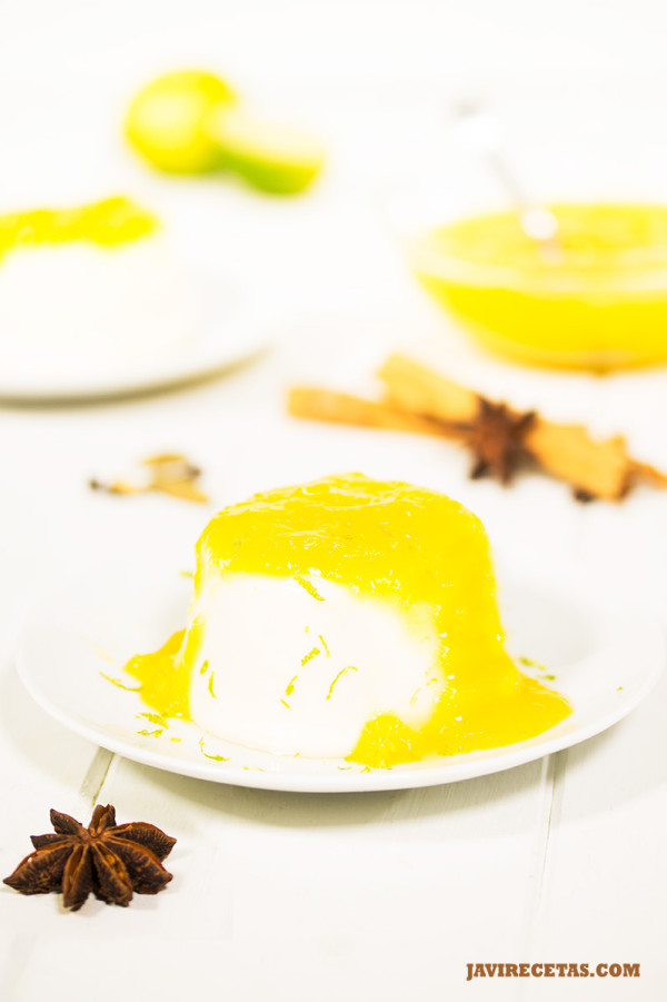 Panacota Chai con Mermelada de Mango
