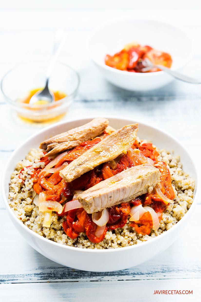 Ensalada de Quinoa, Pimientos Asados y Melva